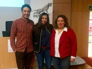 Meritxell Codina con los promotores del Develop Film Maket, Elbio Aparisi i  Fabia Silva